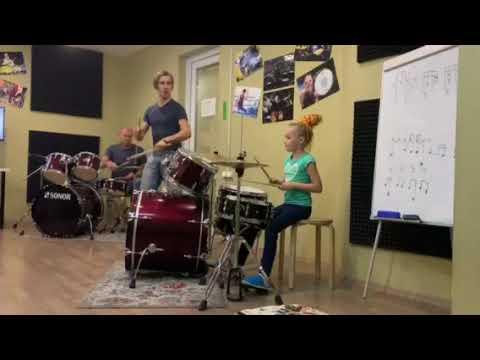 Я играю на барабане 👍