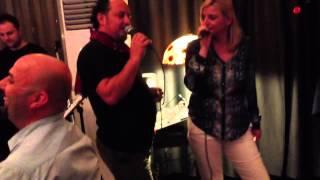 Repeat youtube video Taverna Sofra'Bezi. Armond Morina & Enkela Bisha