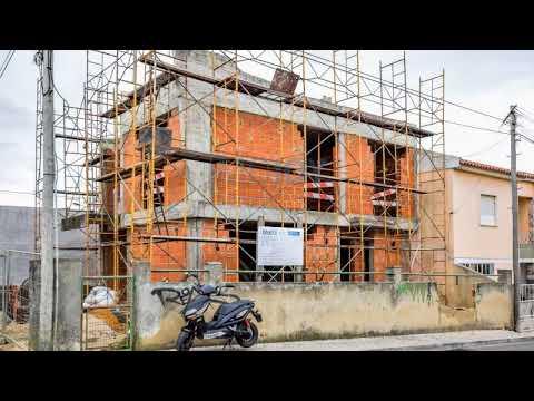 Moradia Em Contrução Em São Domingos De Rana Para Venda