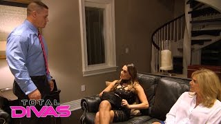 Repeat youtube video John Cena urges Nikki Bella to rehab her neck instead of relaxing: Total Divas, March 15, 2016