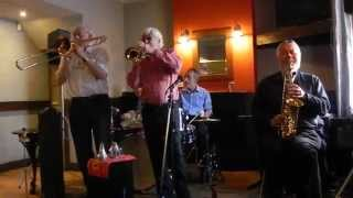 Bogalousa Strut  New Orleans Wiggle Jazz Band playing at  New Inn, Marsden Jazz Festival 2015