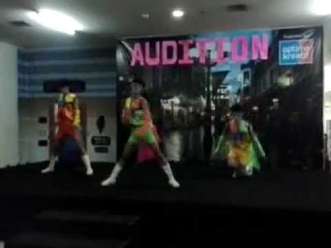 VI AI PI DANCER MALANG AUDITION - THE BEST DANCER @ MOG.mp4