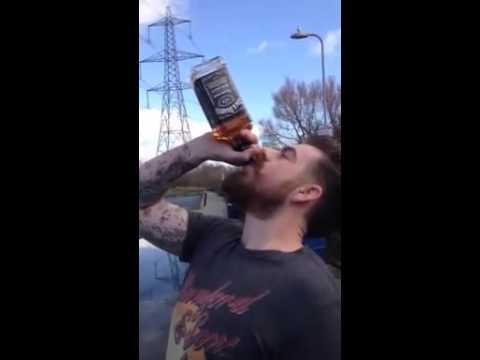 air sec. boire une bouteille de jack daniel's cul sec
