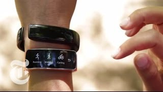 Tech Review: Next-Generation Fitness Bands | Molly Wood | The New York Times