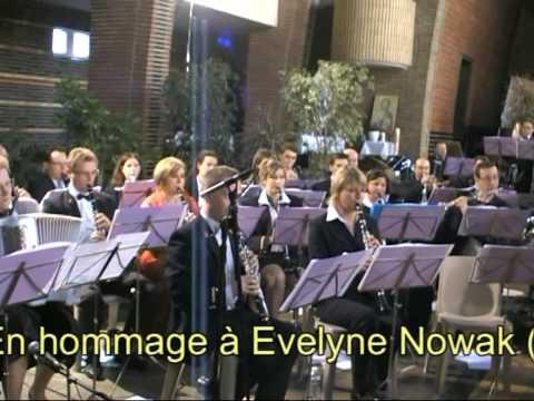 Antje mein blondes Kind von Herms Niel gespielt von Harmonie Municipale d'Avion Gesang: Michel Nowak