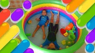 مسبح اطفال مضحك مسبح اطفال في البيت العاب اطفال صغار العاب اطفال العاب مائية مسبح منزلي Youtube