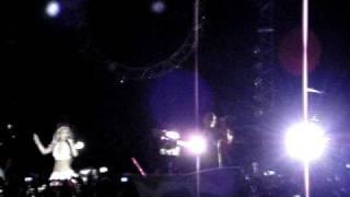 Dulce falando/RBD cantando Que hay detrás - São Paulo 09/12/08