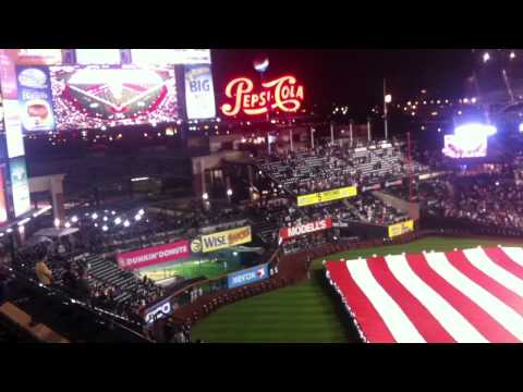 Ver Video de Marc Anthony 9/11 Ceremony at Citi Field - Marc Anthony sings the national anthem