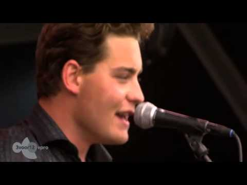 Douwe Bob - You Don't Have To Stay (Live op Pinkpop 2013)