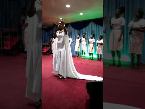 Aliana Ntambu album launch
