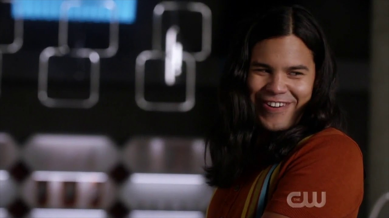 Download The Flash 6x02 - Frost draws a picture