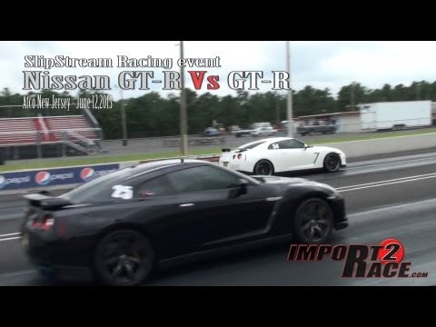 Nissan GT R Vs GT R 1/4 mile drag race at SlipStream Racing event.