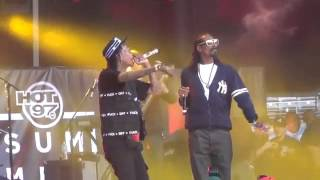 Wiz Khalifa brings out Snoop Dogg