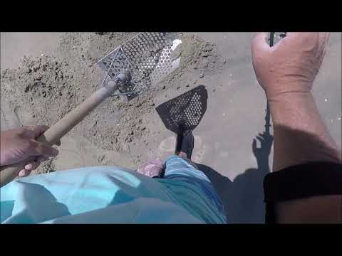 14k GOLD Beach Metal Detecting