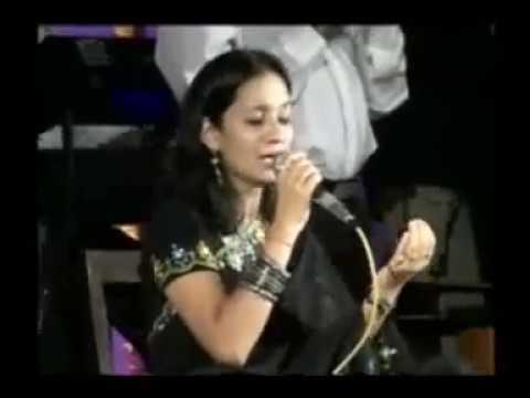 Aa Laut Ke Aaja Mere Meet .. by Rekha Raval (Amazing Indian Singer)