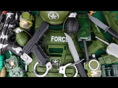 Military Soldier Pistol Rifle And Equipment! Combat Force Toy Weapon Set!!