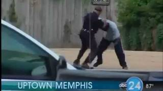 Download Video Security Guard Vs. Hood Nigga... Round 1 - Fuck Tha Security Guard MP3 3GP MP4