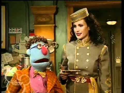 Muppets Tonight  S2 E11 P23  Andie MacDowell