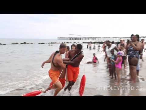 Life Guard Rescue Life Guard From Drowning!!!