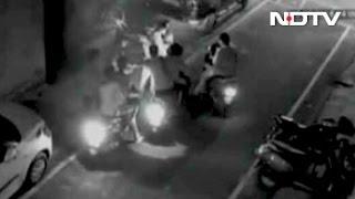 Caught on Camera: Bengaluru Biker Gang Mugs Lone Pedestrians