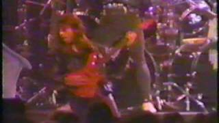 Heavens Gate - Surrender  LIVE !