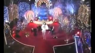Во время выступления выпала грудь Ани Лорак avi 3