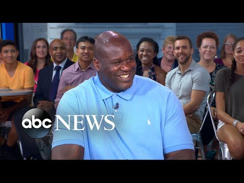 Thumbnail: Shaq shows off his best poses and relives own fashion trends