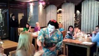 MISATO's 3rd Anniversary / Бан-сан в роли гейши ):