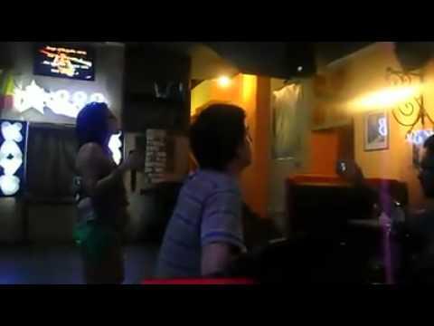 Karaoke. Lviv. Sueños rotos.