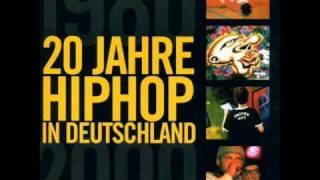 Die goldenen Zitronen feat. Easy Business and Eric IQ Gray - 80 Millionen Hooligans