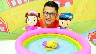 Leli ve Pepee - çizgi film oyuncakları. Eğitici video çocuklar için - denizaltı tamir ediyoruz!