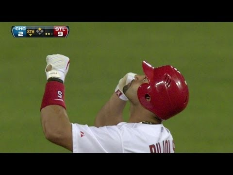 CHC@STL: Pujols connects for his 2,000th career hit