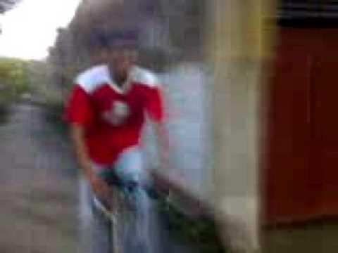 How siddhartha chatterjee (kutta) rides his bicycle