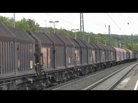 br-185-freight-cars-with-a-sunroof-in-brackwede