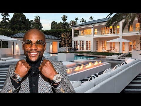 How Floyd Mayweather lives and how much he earns