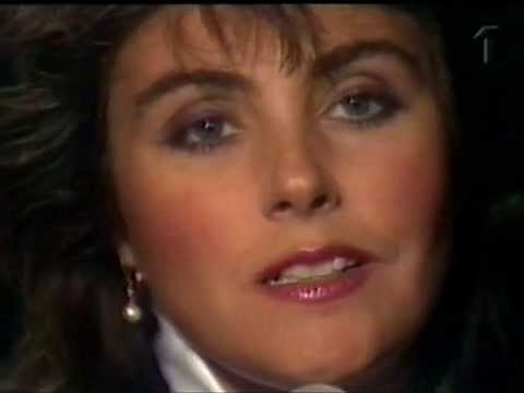 Клип Laura Branigan - Forever Young