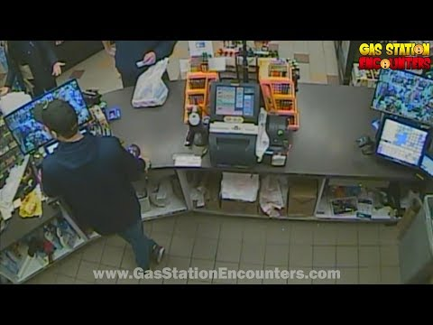Big Mad Morning Show - Angry Juul Mom Yells At Gas Station Worker