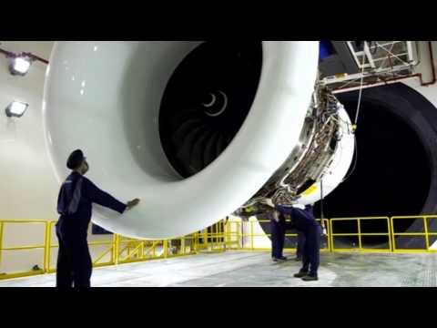 Rolls Royce nosedives on profit warning