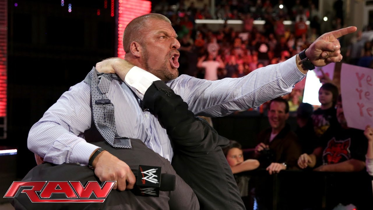 Triple H agrees to face Daniel Bryan at WrestleMania 30 ...