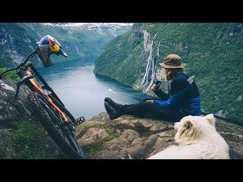 MTB Freerider Makken & his Dog Charge Geiranger Fjord | The Tourist 2
