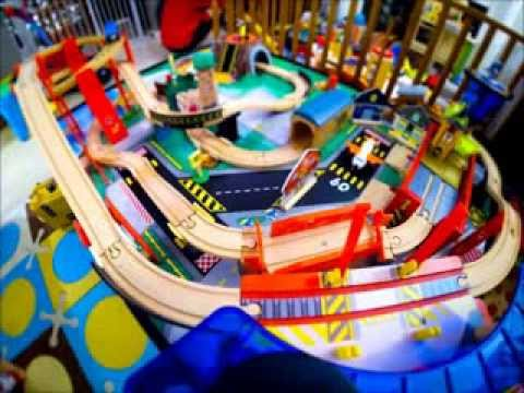 KidCraft Airport Express Train Set and Table Time Lapse with Thomas the Train! (Tiltshift) & KidCraft Airport Express Train Set and Table Time Lapse with Thomas ...