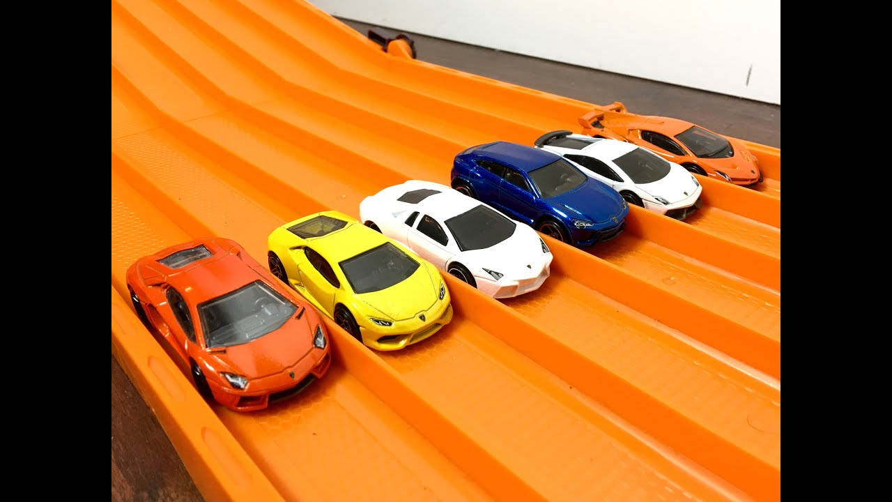 Race Lamborghini Series 1 Race 2 Hot Wheels Youtube
