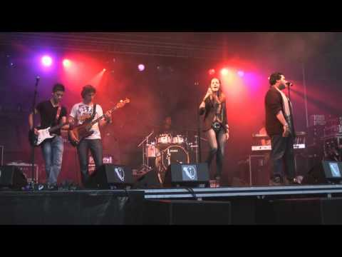 ZOOM H4N live recording - Band PYT -Wicked Way- @Palm Parkies Dordrecht 2010
