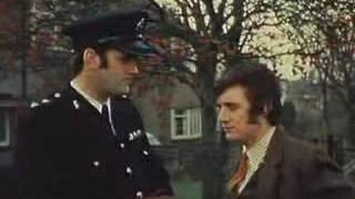 Monty Python - Inspector, me han robado la cartera