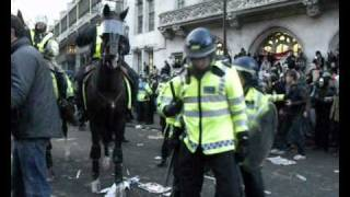 Shame On You - The Movie : Horses charge students in London Parliament Square 09/12/10 dayx3