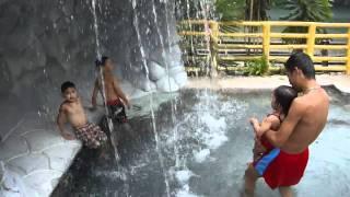 VILLA ESCUDERO Plantations and Resort