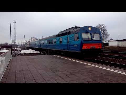 Пригородный поезд Льгов-Курск в составе АЧ2