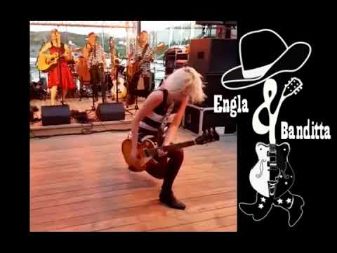 Gibson Les Paul Classic, Girl Rocks In The Summer Of 2017, Norway, Hitra