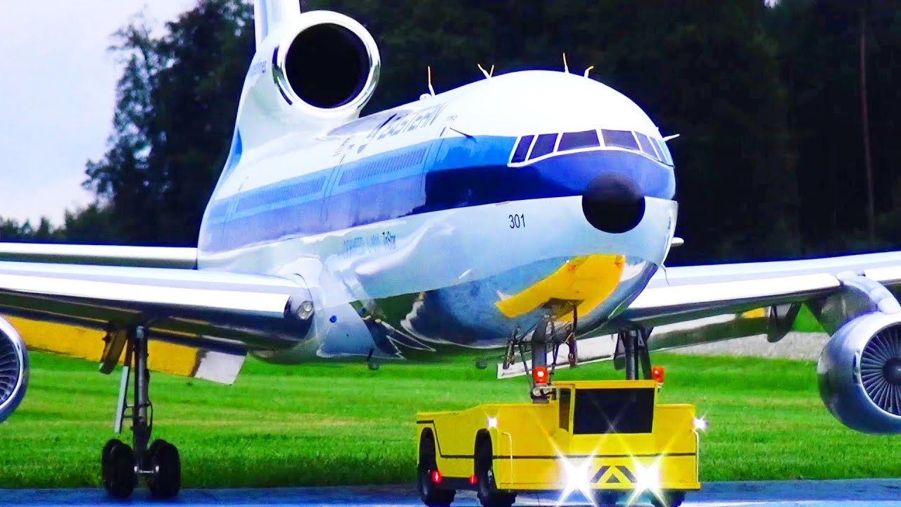 RC AIRLINER BEST SCALE BUILD OF A RC TRISTAR LOCKHEED L-1011 TURBINE RC MODEL WITH PUSHBACK