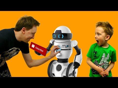 Радиоуправляемый РОБОТ Woowwee Mip Unboxing Управление и ТРЮКИ Изнанка ВЛОГ про игрушки для детей
